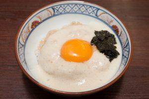 「とろろ丼」1,550円 (小)770円