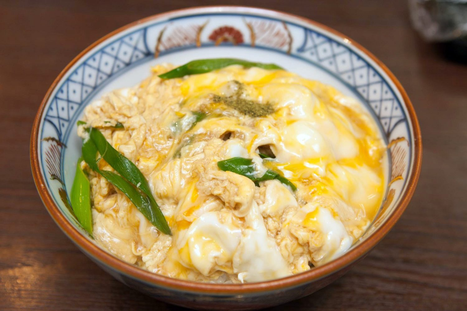 KITSUNE-DON(きつね丼) : Rice topped with sliced fried Tofu, scallion & partly-cooked egg