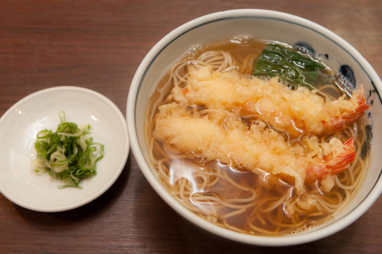 TEMPURA(天ぷら) : Noodles with two fried Tempura prawns